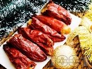 Пълнени сушени чушки (пиперки) с намачкан варен боб (фасул) и гъби манатарки на фурна